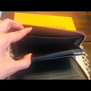 Louis Vuitton Bags - Louis Vuitton Upside Down Zippy Organizer Wallet